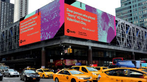 Spotify pays tribute to 2016 with a major outdoor push