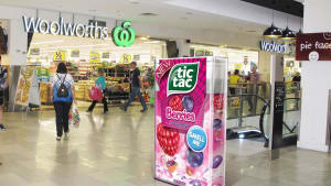 Giant Tic Tac boxes take over Woolworths
