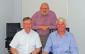 CQUniversity Bundaberg Head of Campus Professor Phillip Clift (centre) with Captain David Whyte (left) and Captain Mac af Uhr of the Australian Flight Academy, which will provide commercial pilot training in conjunction with CQUniversity's aviation programs.(CQUniversity)