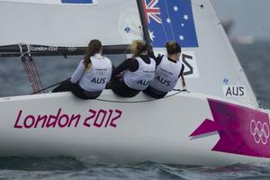 Olivia Price, Nina Curtis and Lucinda Whitty (AUS) at London 2012. Photo OnEdition.