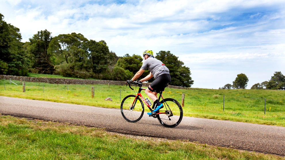 Cycling the Southern Highlands over Bowral Classic weekend. Image courtesy of Greg McCarthy / Cycling Images.