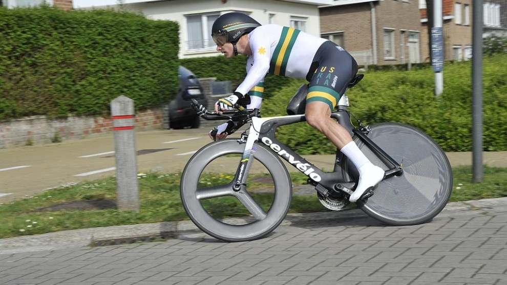 Darren Hicks will be one of the para-cyclists racing at the Santos Tour Down Under opener in January.