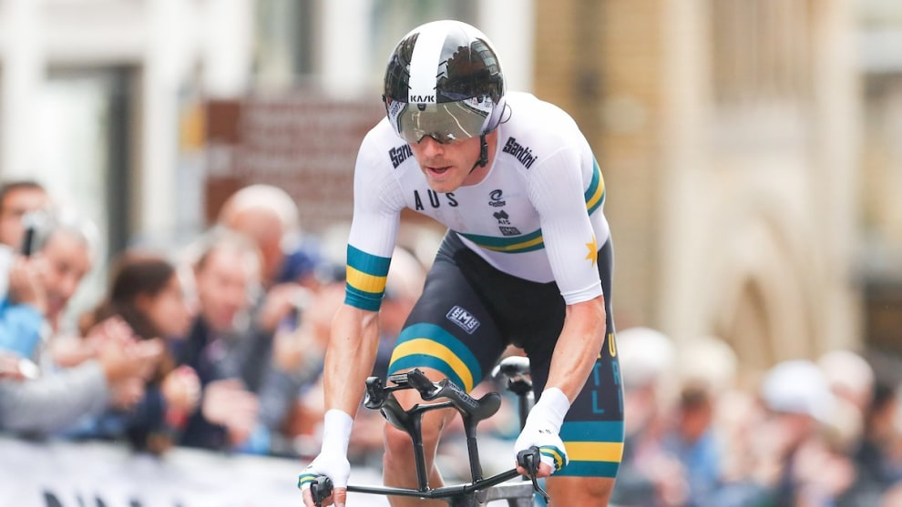 Rohan Dennis smashes the 2019 World Championship TT to win back to back events. Image courtesy of UCI / SW Pics.