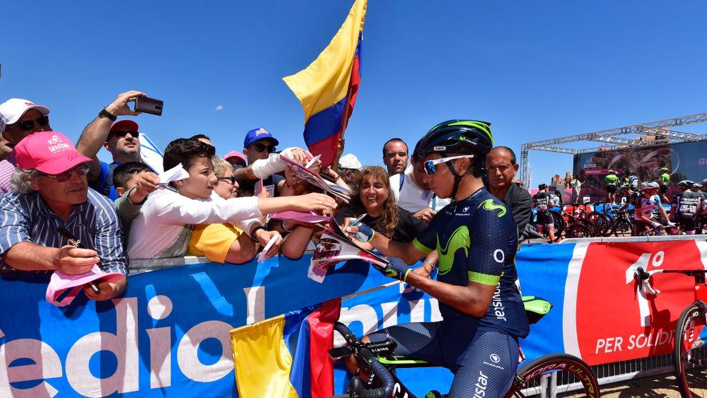 Nairo Quintana with Colombian fans after his stunning Stage 9 win. Image: Sandra Gonzalez / Twitter.