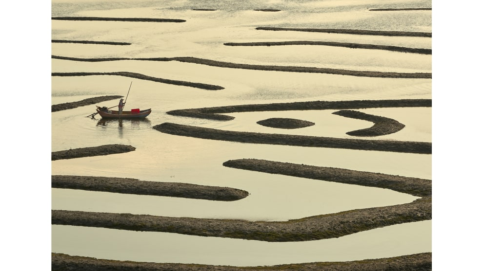 Niall Chang, 'Scenes of Xiapu, Fujian, China'. Winner, 2018 Travel Photographer of the Year.
