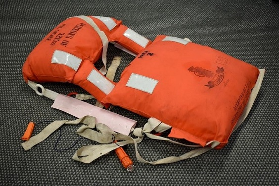 Old kapok lifejackets should be removed from the vessel and destroyed.