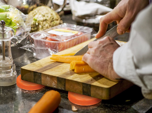Bench-Gripper_Image-Set_Cooking.jpg