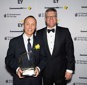 EY Entrepreneur of the Year 2015, Moose Toys CEO Manny Stul with EY Oceania CEO Tony Johnson.