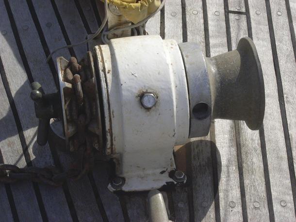 installing an anchor winch mysailing com au rh mysailing com au Lewmar Windlass Capstan Anchorman Manual Windlass