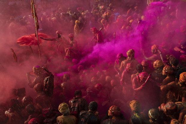 © Mariana Zilbershteyn. Featured portfolio, 'Holi. Nandgaon, India' – Australasia's Top Emerging Photographers 2021.