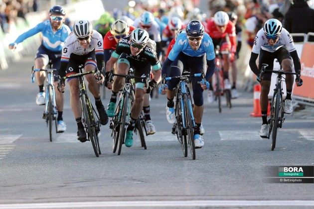 Valverde outsprints Daryl Impy and Jay McCarthy to win the 175km Stage 2 of the Volta Ciclista a Catalunya. Image: Bora-hansgrohe.
