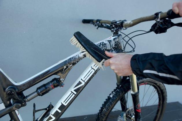 How to Wash your MTB - Mountain Biking Australia magazine