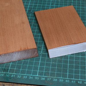 Showing the difference in glue uptake on sized and non-sized mitred endgrain.