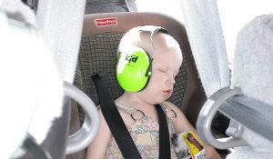 [Image: Angel_Flight_child_85D5E670-B570-11E4-B6...397571.jpg]
