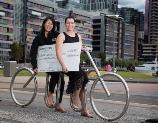 Legendary Australian cyclist Anna Meares with Dr Melissa Yang after the $US100,000 donation was made.