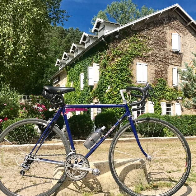 The classic steel bike outside the previous night's lodgings in Blavozy, France. Image: Nat Bromhead