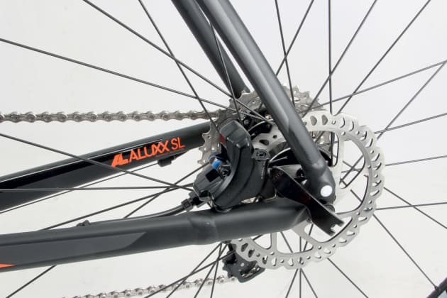 The drop out is made of one piece of aluminium which also incorporates the flat mount brake holes.