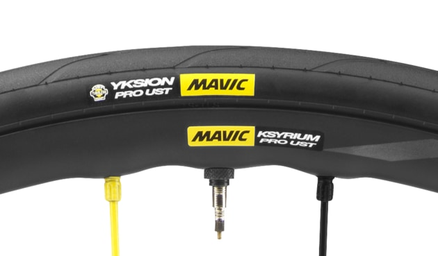 Mavic's UST system was on display at the 2018 Santos Tour Down Under - watch our video to see a demonstration of the tubeless technology.