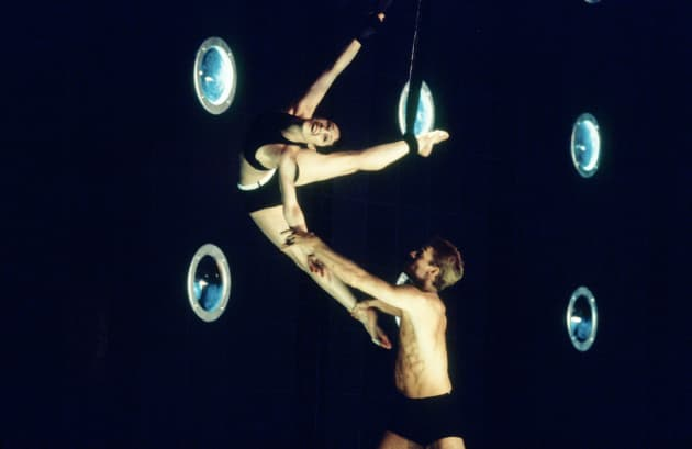 Geon van der Wyst and Paula Baird Colt in Meryl Tankard's The Deep End, created for the Australian Ballet in 1996.
