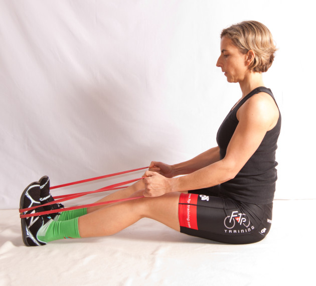 Resistance Bands Upright Row: Bicycling Australia