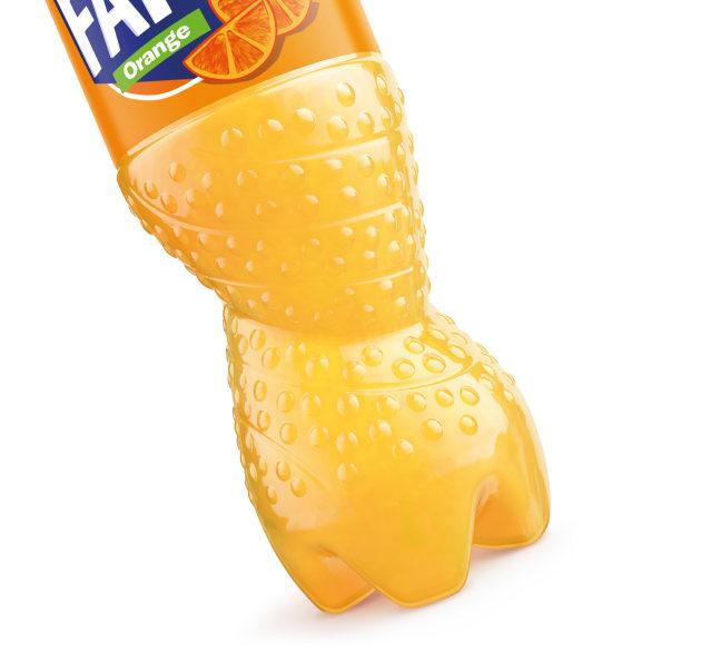 Sidel_Coca-Cola-Fanta_bottle-and-base.jpg