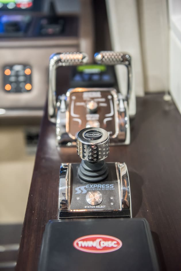 Twin Disc Quick Shift and EJS controls on the Whitehaven 7500 Sports Yacht.