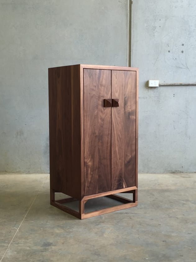 Walnut-Whisky-Cabinet---Christopher-Blank1.jpg
