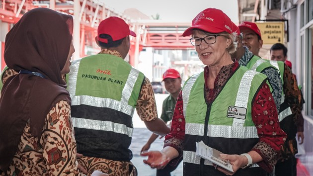 Group Managing Director Alison Watkins at the inauguration of the Affordable Single Serve Pack (ASSP) line at Coca-Cola Amatil Indonesia's Pasuruan plant.