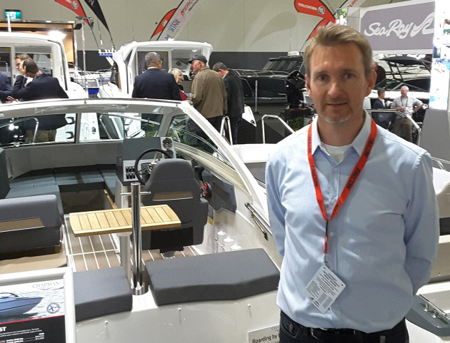 Ari Kuikka, Bella export sales director, with the new Flipper 600 ST at SIBS.