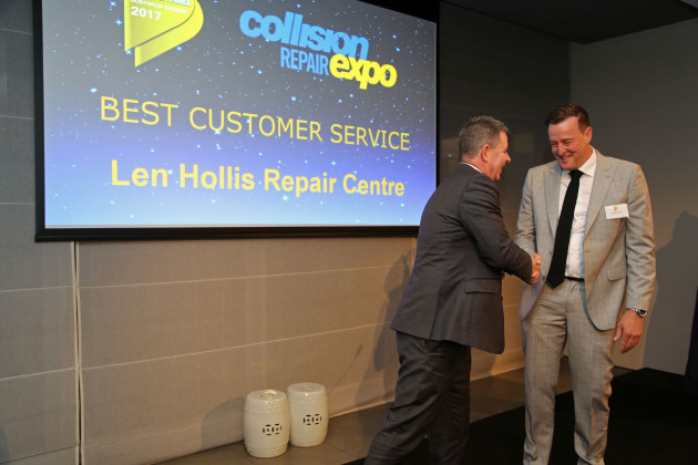 Len Hollis Repair Center winner of Best customer experience 2017
