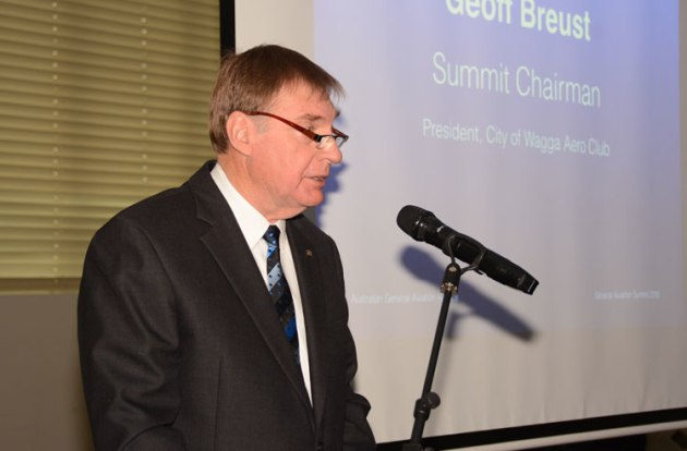 Geoff Breust addresses the AGAA general aviation summit at Wagga in 2018. (Steve Hitchen)