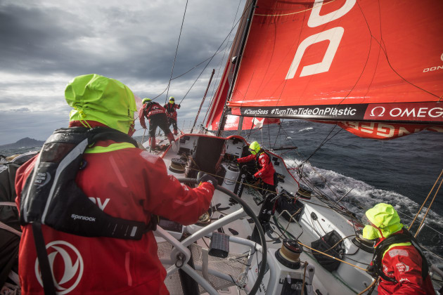 Dongfeng-before-rounding-Cape-Horn---Martin-Keruzore/VOR-pic