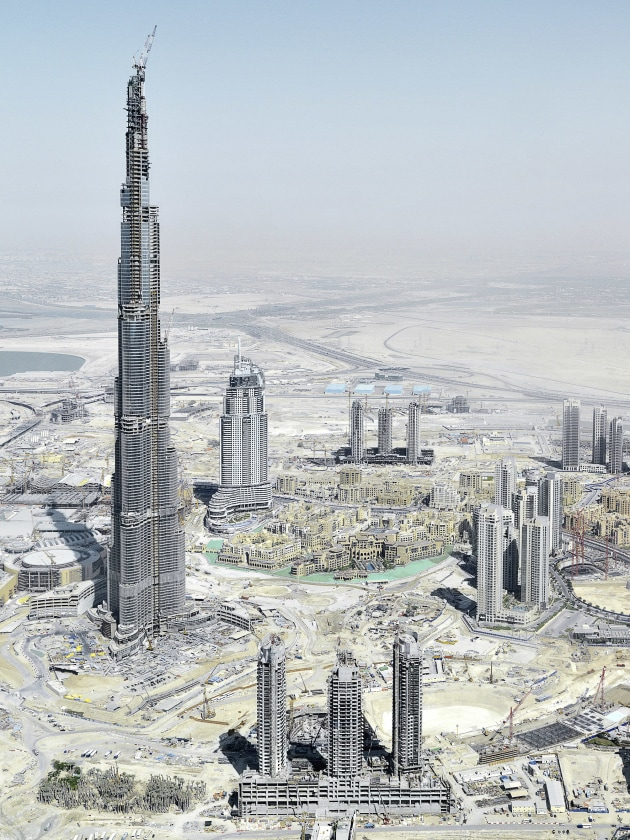 © Philippe Chancel. Construction of Burj Khalifa Tower, Dubai 2008