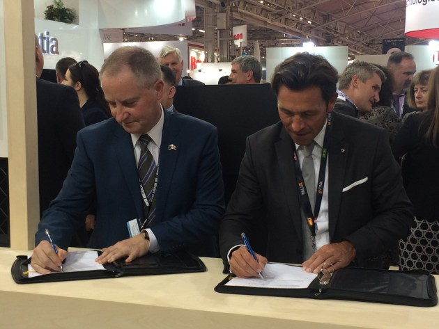 The FIVA signing with Martin Edwards, general manager Subarime Capability Development for ASC. Credit: ASC