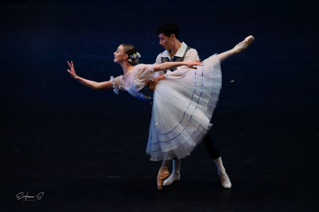 Gianna Sargent performing in 'Giselle' with Antonio Russo. Photo: Erfans Photography