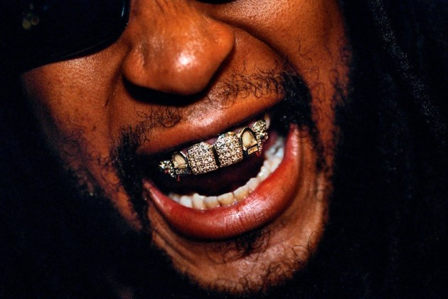 © Lauren Greenfield/INSTITUTE. Rapper and producer Lil Jon, 33, sporting a diamond and platinum grill that reportedly cost $50,000, at the 2004 Soul Train Awards, Los Angeles, 2004. From the book, Generation Wealth (published by Phaidon).