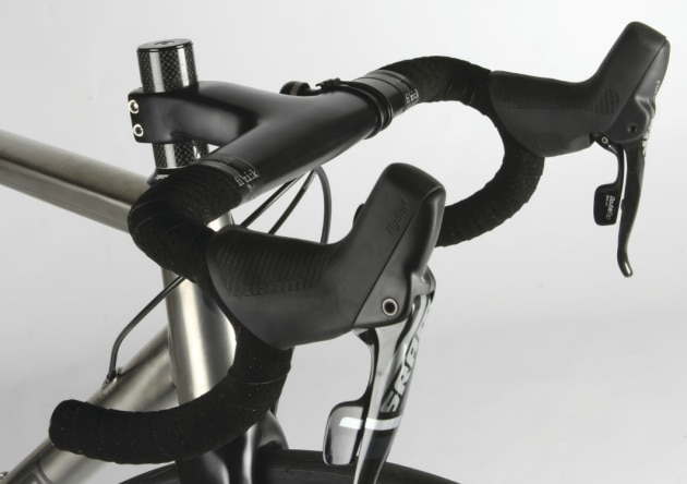 SRAM's tall brake hoods offer a heightened level of security on rough or unknown roads.