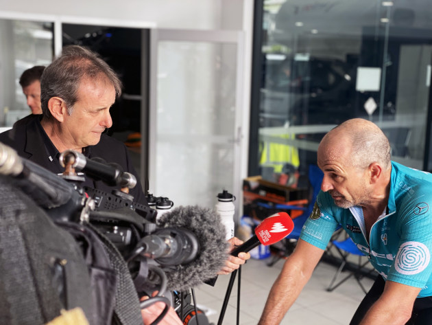 The virtual challenge received a huge amount of media attention. Here, Michael Tomalaris of SBS interviews Rupert during the ride.