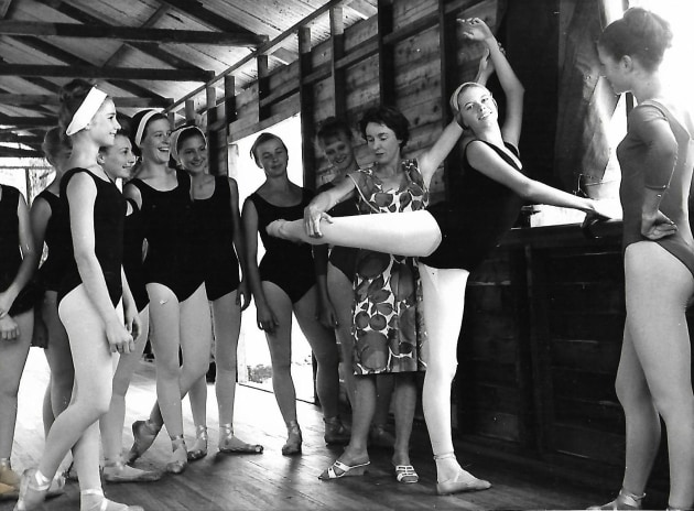 Joan Monica teaching at a 1964 Jackaroo Ballet Camp in Kenthurst, NSW, which she established with her twin sister, Monica. Photo kindly supplied by Beth Bluett, a former pupil who is founding director of Living Dance International.