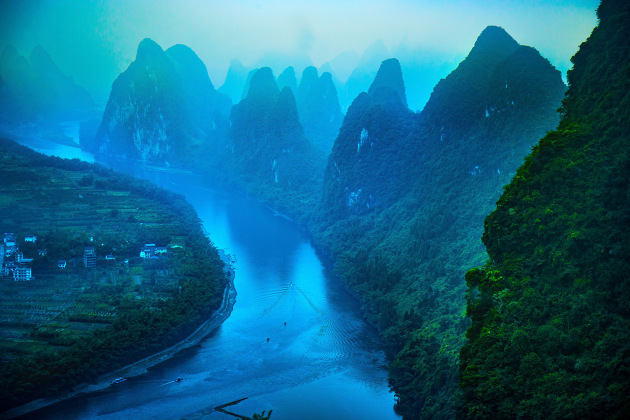 'Karst formations and Li River, by Mireille Pizzo