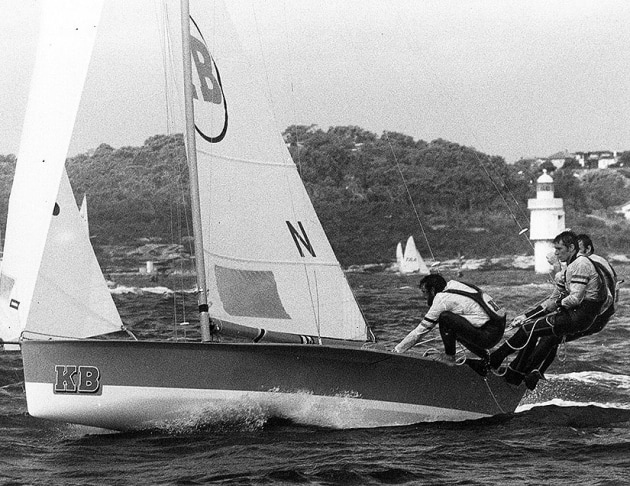 B in action during a Giltinan Championship race.
