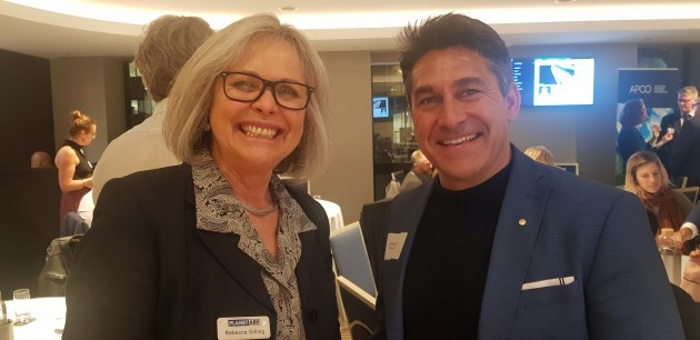 l-r Rebecca Gilling, Planet Ark, with Jamie Durie, Groundswell