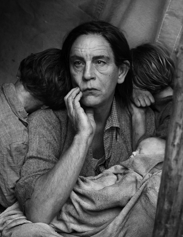 © Sando Miller. Dorothea Lange/Migrant Mother, Nipomo, California (1936), 2014.
