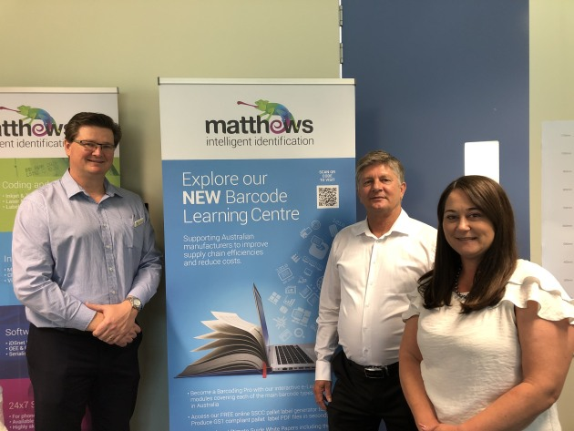 L-R: Mark Dingley (Matthews CEO), John Lane (GS1 Australia manager – Testing Services) and Melanie Wishart (GS1 Australia senior advisor – Food & Beverage, Industry Engagement).