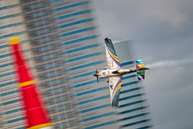 Matt Hall rounds a pylon at Chiba. Third place in the Final 4 was good enough to clinch the title by one point from Yoshi Muroya. (Samo Vidic / Red Bull Content Pool)