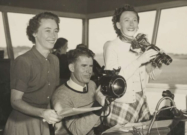 Senja Havard, Doug Hook and Alix Newbiggen (who designed the AWPA logo) in Bankstown tower during the AWPA reliability trials in 1953. (National Library of Australia)