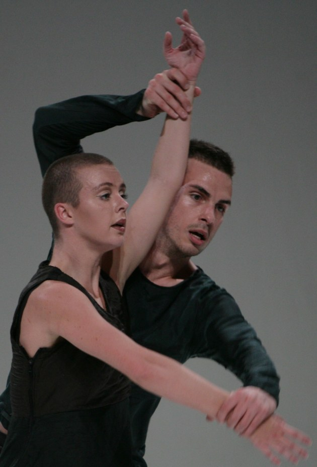 Bonnie Doets and Lucas Jervies performing in 'State Disrupted' by Georg Reischl for Scapino Ballet, Rotterdam. Photo: Bryndis Ragna Brynjolfsdottir.