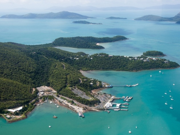 Shute Harbour. Photo Tourism Whitsundays.