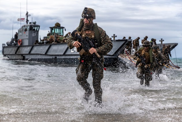 US Marines conduct a simulated amphibious assault during Exercise Talisman Sabre 19.