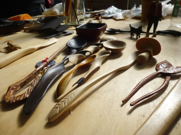 Carol Russell's masterclasses explored spooncarving and wood finishing techniques.